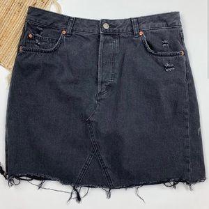 H&M Black Raw Edge Denim Mini Skirt